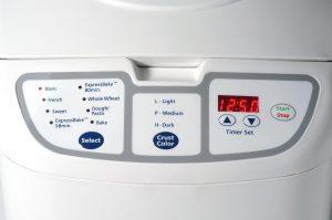 Oster 5838 58-Minute Expressbake Breadmaker Interface