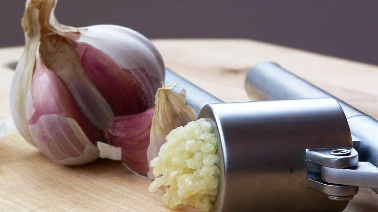 10 Best Garlic Press Reviews - Updated 2019 (A Must Read!)