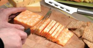 5 Best Cheese Knife Sets For Your Kitchen