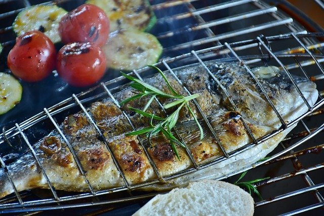 How can you enjoy a healthy barbecue?