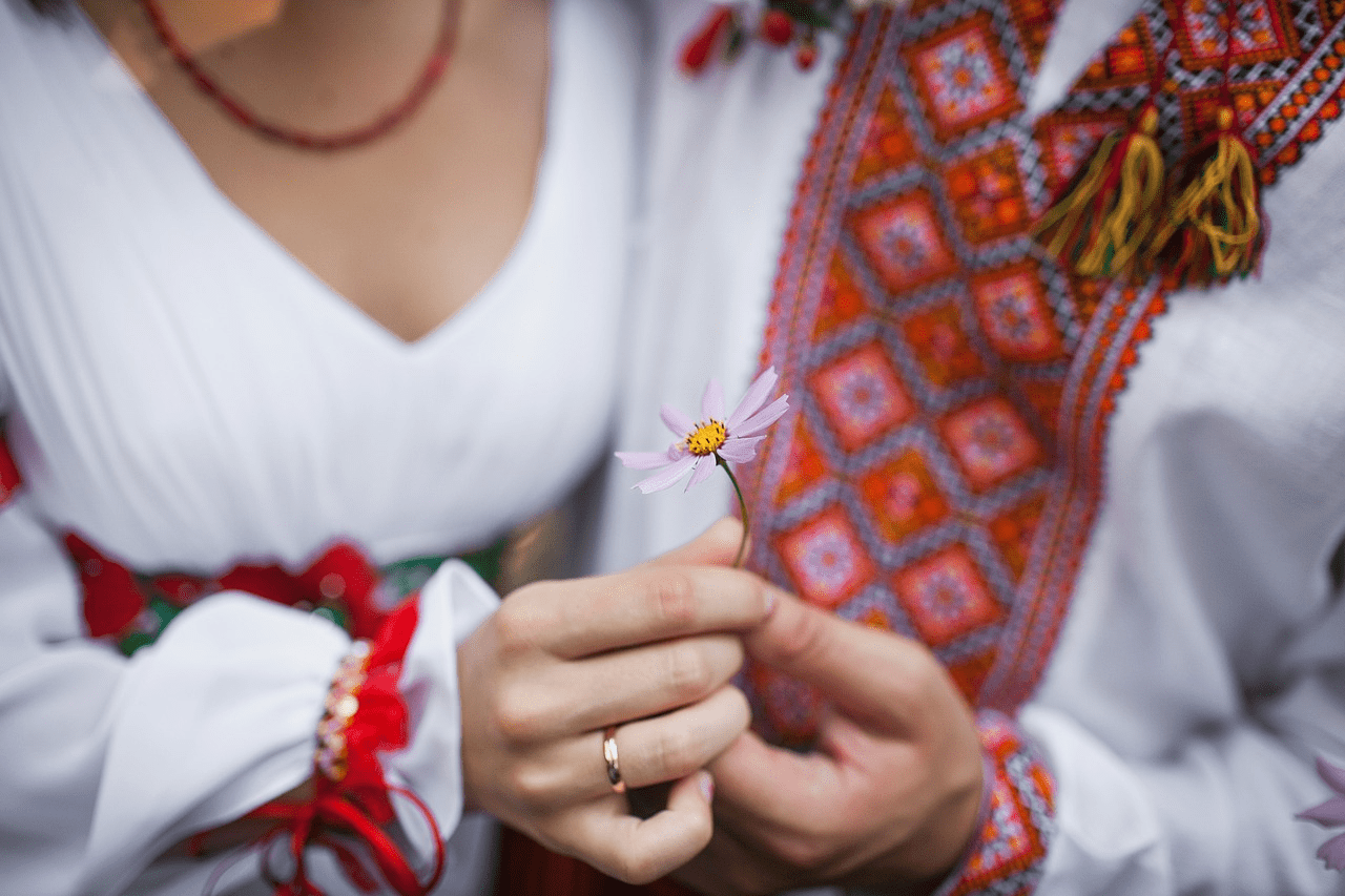 Ukrainian Wedding Traditions: The Best 7 Wedding Traditions You Should Learn About
